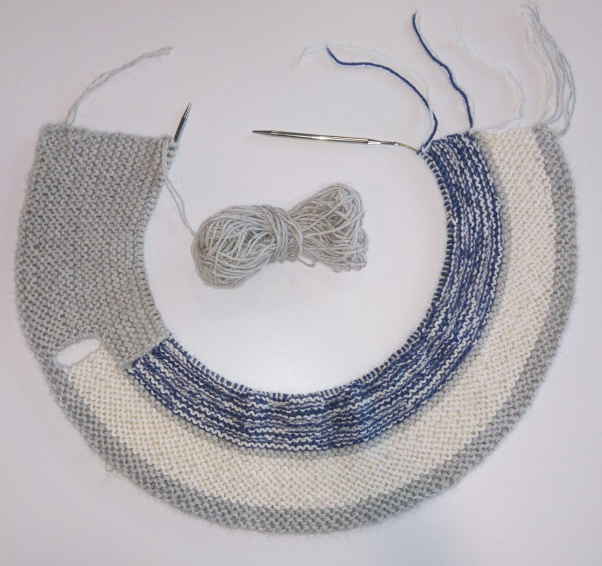 Knit-along: Rillestrikket babyteppe med fødselsstatistikk